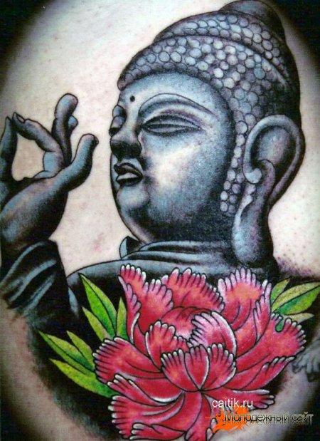 татуировка пион с Буддой