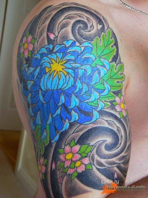 татуировка синея хризантема