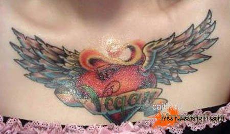 татуировка сердце на груди