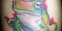 татуировка лягушка с короной