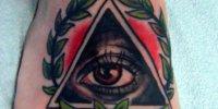 татуировка Всевидящее Око на ступне