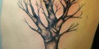 татуировка без листьев дерево