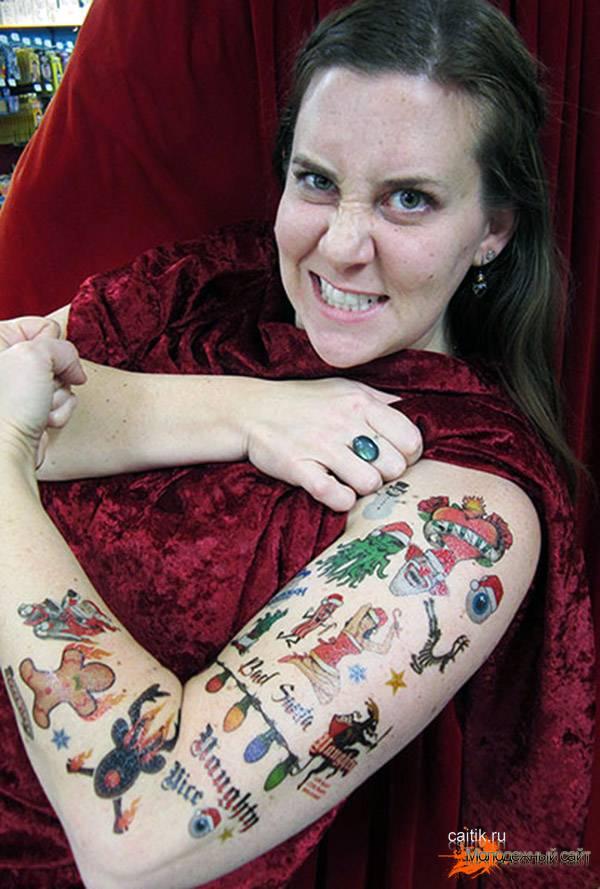 смелые новогодние татуировки