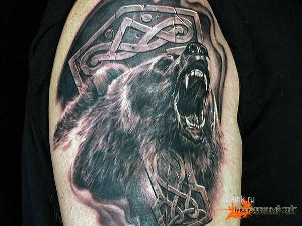 татуировка медведь в кельтском стиле