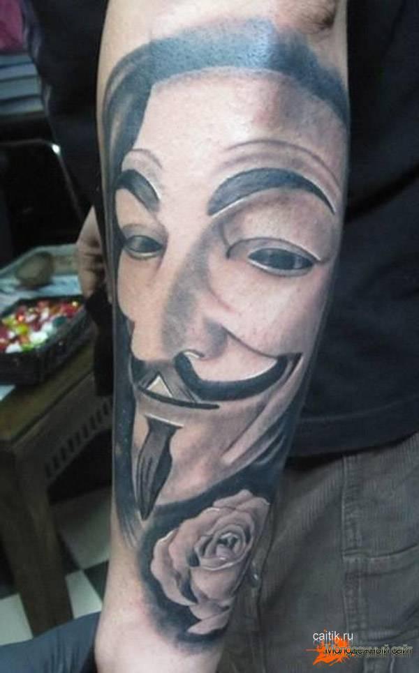 татуировка на кулаке Вендетта
